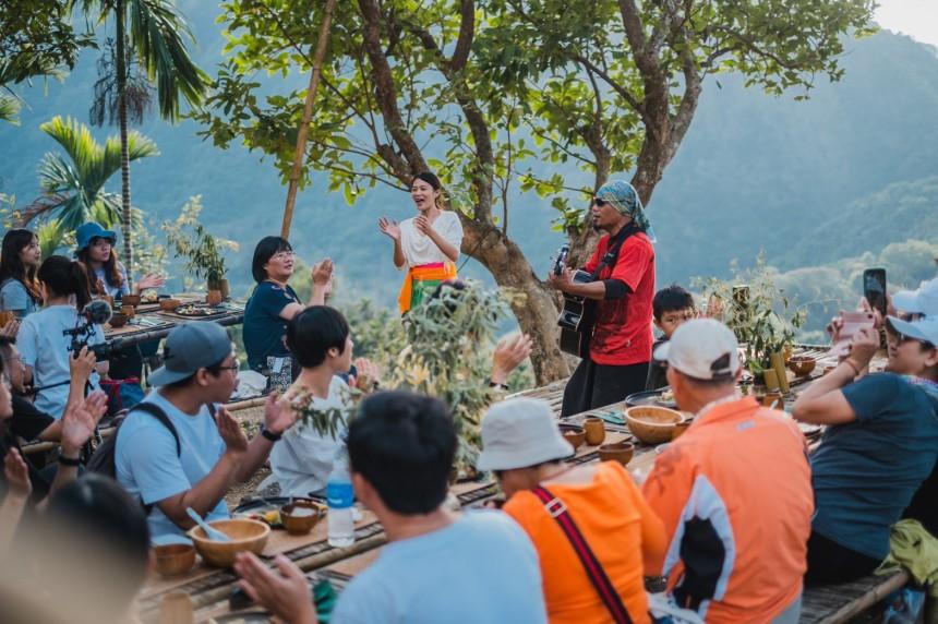 餐桌上的部落旅行照片_200109_0010.jpg